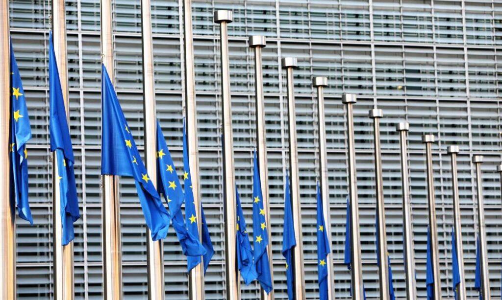 νέα ραντεβού κόκκινες σημαίες Τι σημαίνει αποκλειστικά χρονολογικά