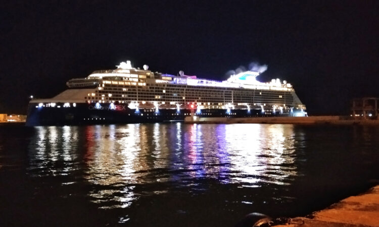 To λιμάνι του Πειραιά επισκέφθηκε ο πρέσβης της Ιαπωνίας στην Ελλάδα, με εκπροσώπους ιαπωνικών επιχειρήσεων