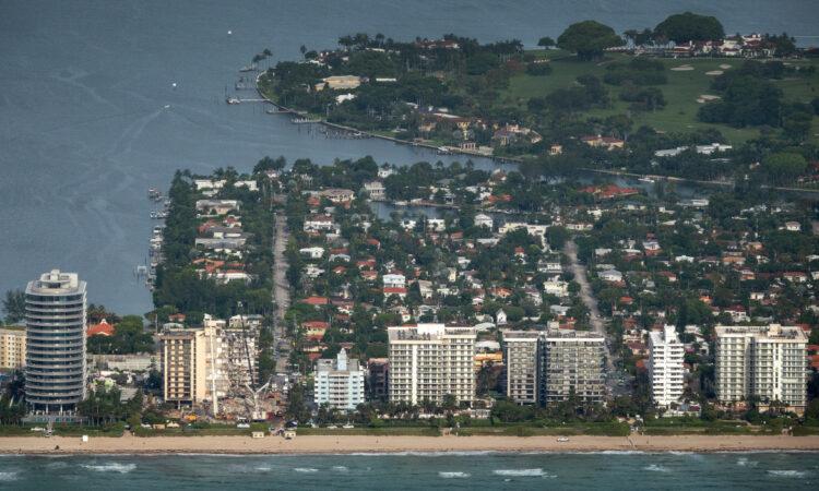 Κατάρρευση κτιρίου στη Φλόριντα: Σβήνουν οι ελπίδες εντοπισμού επιζώντων