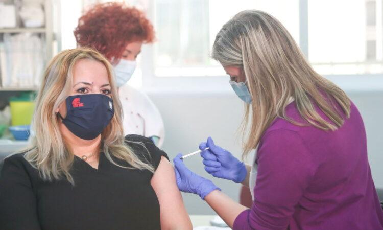 Βρετανική έρευνα για την αποτελεσματικότητα των εμβολίων έναντι της παραλλαγής Δ